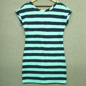 New Lilly Pulitzer Dress. S & L